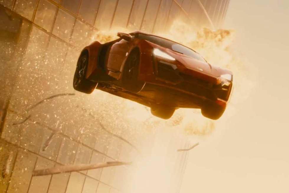 06-flying-cars.w529.h352.2x